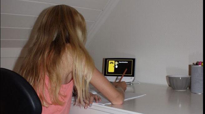 Aktiv og selvstendig hverdag for hørselshemmet jente